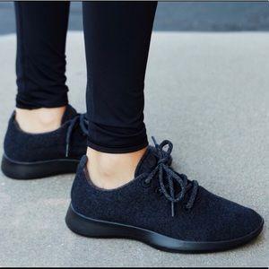Allbirds Wool Runners NWOT NEW Lace Up Sneakers